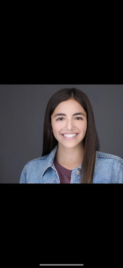 Freshman actress signs with talent agency